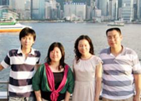 """2008    人民网就奥运马术在香港、优才入境计划、内地学生赴港求学进行采访。在采访中记者也深深感到了香港这个亚洲国际都会的无限魅力,正如范太在人民网专访中所说,""""内地就好像一个正在发动,而且发动得很好的一个机器。我相信在内地的强大支持下,香港会有很好的前途。"""" [详细]"""