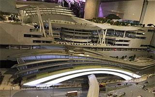 广深港铁路:香港到北京仅需10小时港铁公司项目发展经理林卫华介绍,高铁将来从西九龙站出发向北至福田站需14分钟,到深圳北站是23分钟,到广州南站为48分钟, 一直往北去北京,预计总耗时10个小时。