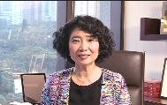 """方黄吉雯致力于香港与内地的合作交流,并鼓励香港青年把握""""一带一路"""" 机遇,勇敢地走出去。"""