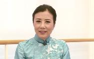 汪明荃相信,回归让香港更加了解祖国深厚的文化底蕴。而香港作为国际都市,不仅要有国际视野,更要借此向世人展示中华文化。