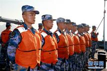 驻港部队参加香港海上空难搜救演练