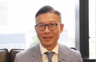 """张国钧表示粤港澳大湾区和""""一带一路""""倡议,给香港年轻人带来发展机遇。他认为香港需先了解政策的内容,从而更好地配合参与。"""