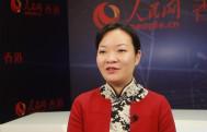 余�O曾参与2008年奥运会香港马术队奥运队服的设计。她表示,青年应思考如何将个人梦想与国家命运相结合,努力奋斗,不负韶华。
