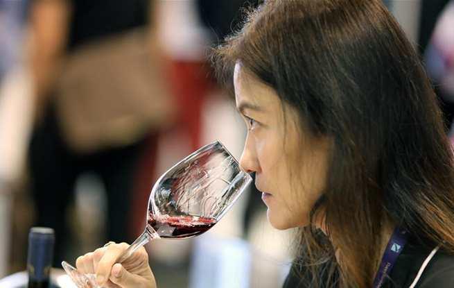 2018国际葡萄酒及烈酒展在香港举行