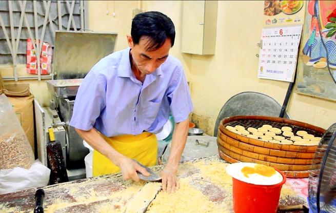"""澳门手信店家:将家族传统和乡情""""揉""""到糕饼里"""