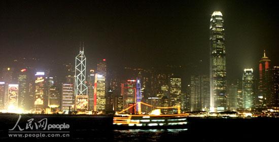 朝天门港口夜景图-的维多利亚港湾夜色-香港街头,红红火火过新春 6图片