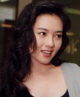 李丽珍性感图片_组图从三级片女星到实力派演员李丽珍银幕性