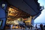 探秘美国海军两栖攻击舰