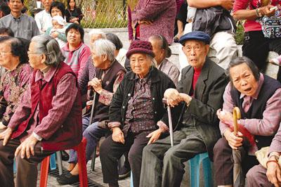 人口老龄化_65岁人口